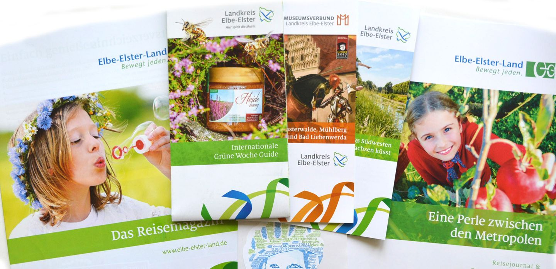 Hintergrundbild Flyer Broschüren neu 2016